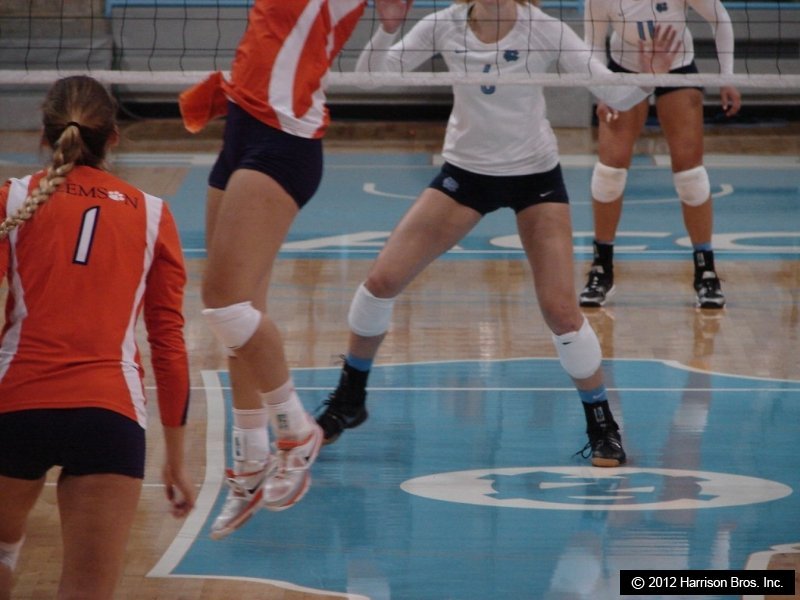 NCAA volleyball season opens-buytape.com