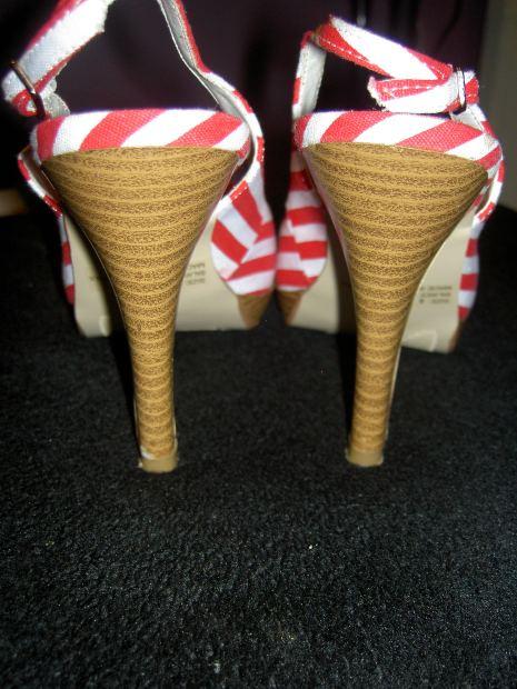 high heel volleyball shoe from volleyballtape.com
